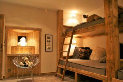 Chalet-La-bergerie-montagne-Le-Miroir-Ste-Foy-JMV-Resort-lits superposés-bois-coussins