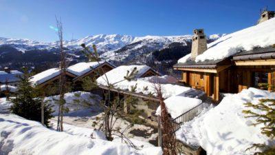 Chalet-IPG-montagne-Meribel-JMV-Resort-neige-toits-façade extérieur-bois