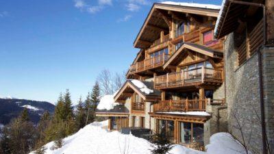 Chalet-IPG-montagne-Meribel-JMV-Resort-neige-toit-façade extérieur-bois-balcon