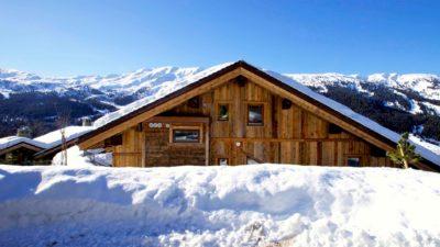 Chalet-IPG-montagne-Meribel-JMV-Resort-neige-toit-façade extérieur-bois