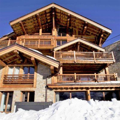 Chalet-IPG-montagne-Meribel-JMV-Resort-façade en bois-balcon-terrasse-toit