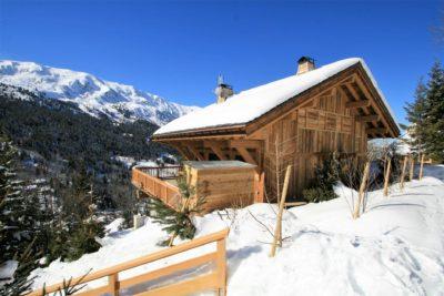 Chalet-A-montagne-Meribel-JMV-Resort-façade en bois-neige-terrasse
