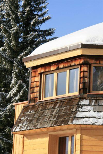 Chalet-montagne-Alaya-Avoriaz-JMV-Resort-toit-bois-neige-façade extérieur