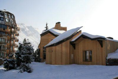Chalet-montagne-Alaya-Avoriaz-JMV-Resort-extérieur-façade en bois-neige