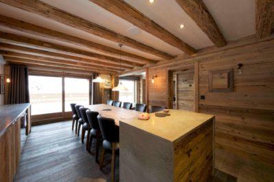 Chalet-3Cerisiers-montagne-Meribel-JMV-Resort-salle à manger-intérieur-table-chaises