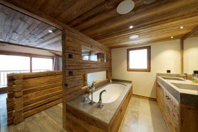 Chalet-3Cerisiers-montagne-Meribel-JMV-Resort-salle de bain-bois