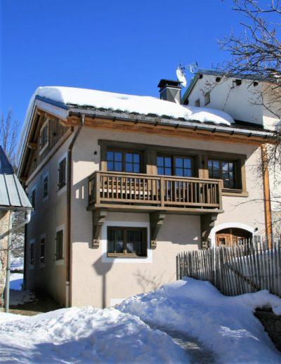 Chalet-Le-refuge-montagne-Meribel-JMV-Resort-balcon-neige-façade extérieur