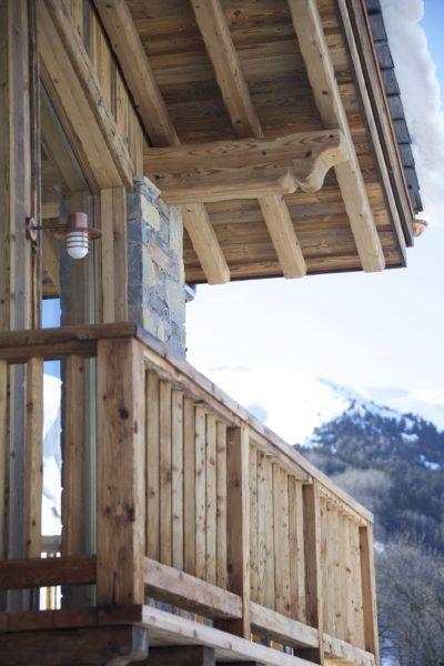 Chalet-M-montagne-St-martin-de-belleville-JMV-Resort-balcon-terrasse bois