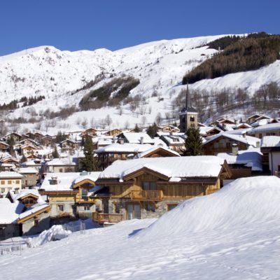 Chalet-M-montagne-St-martin-de-belleville-JMV-Resort-village-extérieur-neige