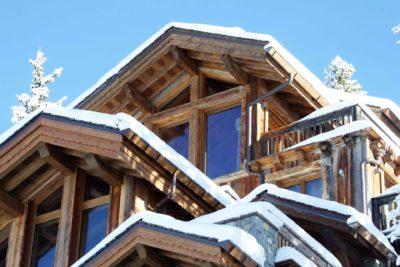 Chalet-P-montagne-Meribel-JMV-Resort-façade bois- neige-extérieur