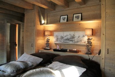 Chalet-R-montagne-Meribel-JMV-Resort-lit-chambre