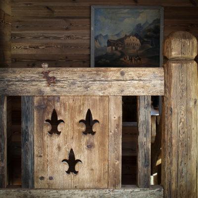 Chalet-SHL-montagne-Meribel-JMV-Resort-escalier-bois
