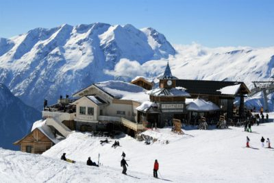 Folie-Douce-montagne-Alpe-D'Huez-Alpes-JMV-Resort-architectes neige ski