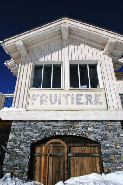 Folie-Douce-Alpe-D'Huez-Isère-JMV-Resort-architectes devanture bois