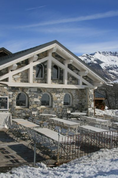 Folie-Douce-montagne-Val-D'Isere-Alpes-JMV-Resort-architectes neige
