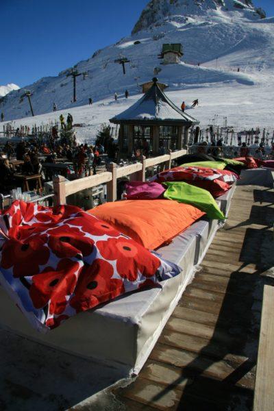 Folie-Douce-montagne-Val-D'Isere-Alpes-JMV-Resort-architectes ski coussin