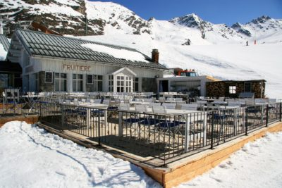 Folie-douce-montagne-Val-Thorens-Alpes-JMV-Resort-architectes ski exterieur
