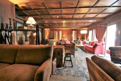 Hôtel-Le-Blizzard-montagne-JMV-Resort-salle de réception-canapés