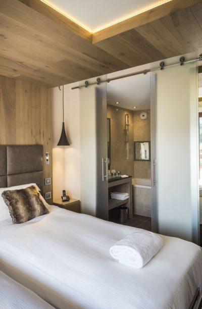 Hôtel-Taj-I-Mah-Les-Arcs-JMV-Resort-architectes chambre lit