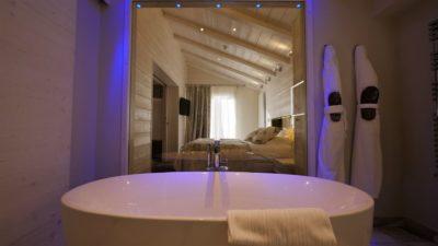 Hôtel-Tsanteleina-Val-D'Isere-JMV-Resort-architectes baignoire salle de bain