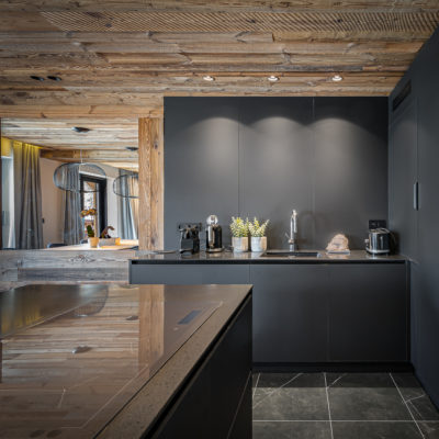 Résidence - La Forêt - Val d'Isère - cuisine - luminaire - JMV Resort