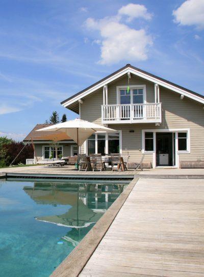 Maison-C-Veyrier-JMV-Resort-piscine-façade extérieur