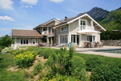 Maison-C-Veyrier-JMV-Resort-extérieur-piscine