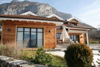 Maison-C-Veyrier-JMV-Resort-façade bois-terrasse
