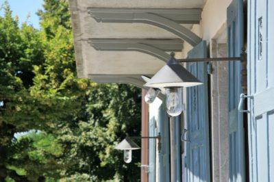 Maison-D-Chambery-JMV-Resort-lanterne-façade