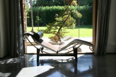 Maison-JMV-Tresserve-JMV-Resort-chaise longue-ensoleillée