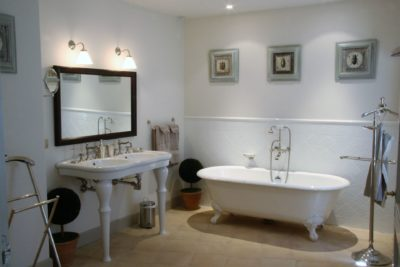 Mas-du-Greou-Eyrargues-JMV-Resort-salle de bain