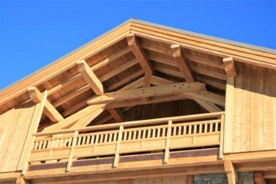 ésidence-Goleon-Val-Ecrin-Les-2-Alpes-JMV-Resort-architectes devanture bois