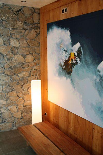 Résidence-Le-Cortina-Les-2-Alpes-JMV-Resort-architectes tableau banc
