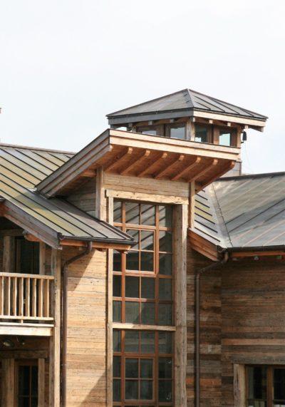 Ranch-Larchant-JMVResort-devanture bois-fenêtres
