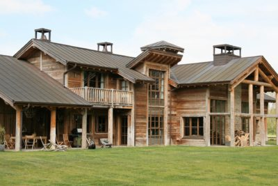 Ranch-Larchant-JMVResort- jardin - terrasse- fenêtres
