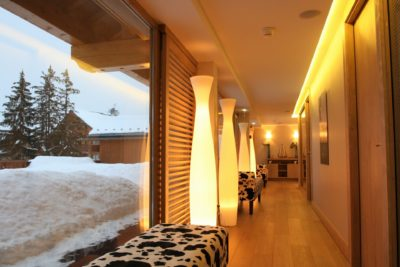 Spa-Allodis-montagne-Meribel-JMV-Resort-architectes lumières couloir