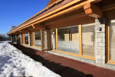 Spa-Allodis-montagne-JMV-Resort-architectes devanture neige