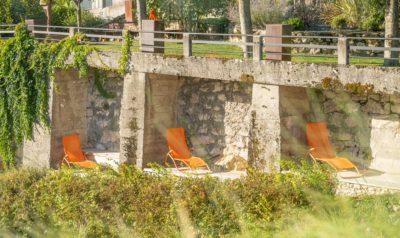 Maison Bourdeau - jardin - extérieur - chaises longues -JMV Resort