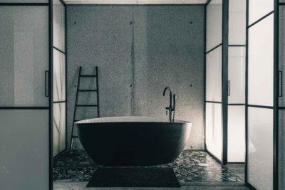 Maison Bourdeau - salle de bain japonaise - baignoire -JMV Resort