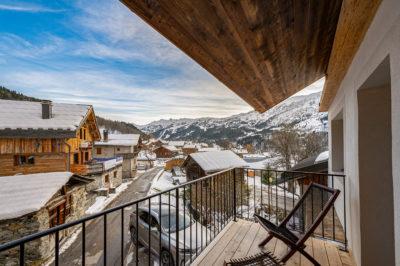 Chalet- Victoire Mijane - Méribel - vue extérieur - balcon - montagnes
