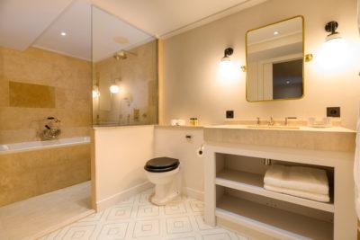 Chalet- Victoire Mijane - Méribel - intérieur - salle de bain - JMV Resort