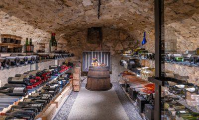 Maison Bourdeau - cave à vin -JMV Resort