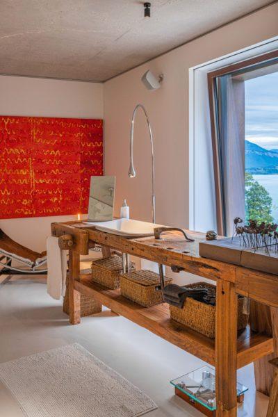 Maison Bourdeau - salle de bain - tableau - JMV Resort