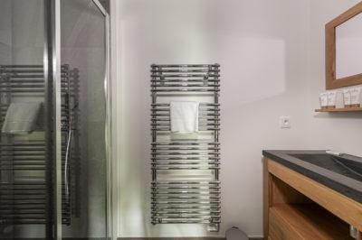 Résidence Staval architecture intérieur salle de bain neige montagne jmv resort