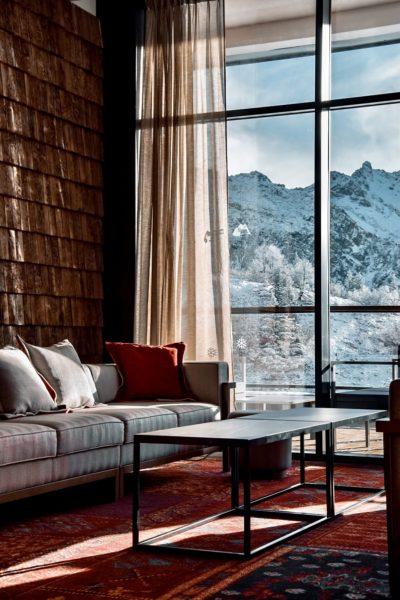 Club Med - La Rosière - Savoie - France - architecture d'intérieur - hall - canapé - montagne