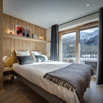 Résidence La Foret - Val d'Isère - Savoie - architecture - intérieur - chambre - lit - montagne